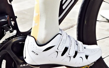 dhb cycle shoe lifestyle image