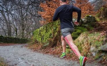 Comment utiliser une bande de kinésiologie pour le running et le cyclisme ?